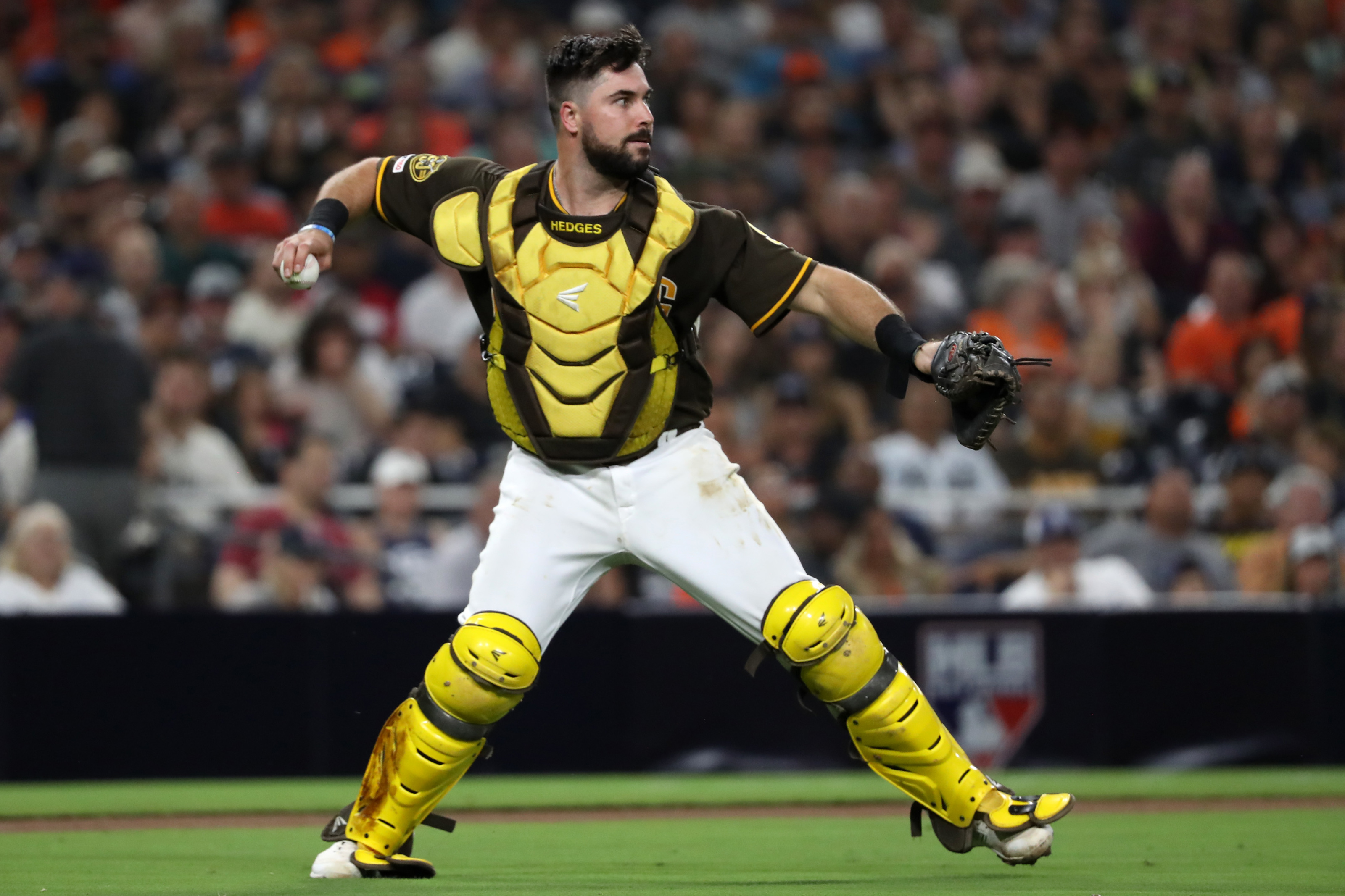 Padres: 3 teams who could trade for Austin Hedges