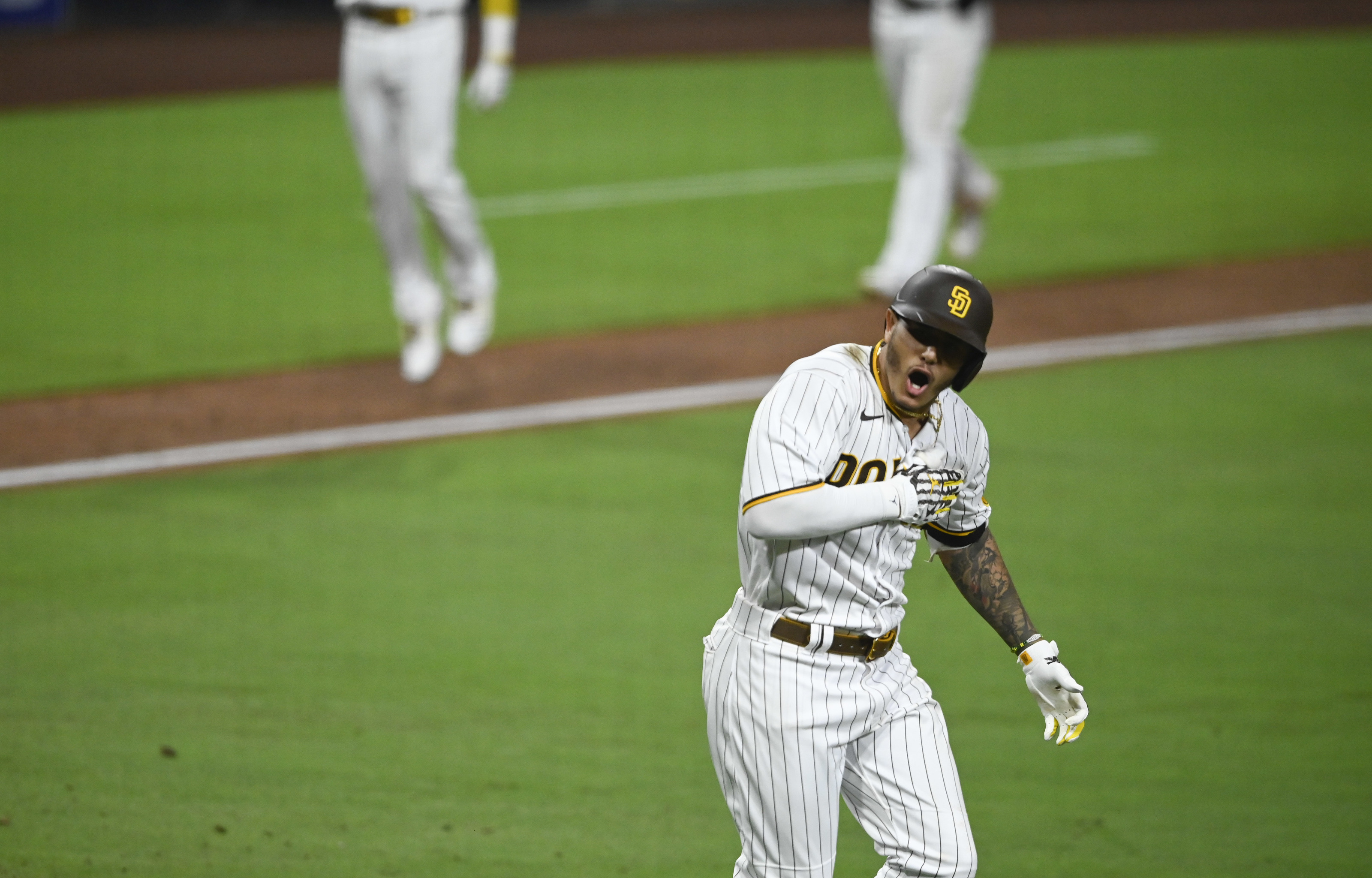 San Diego Padres Manny Machado Heating Up And Breaking Out
